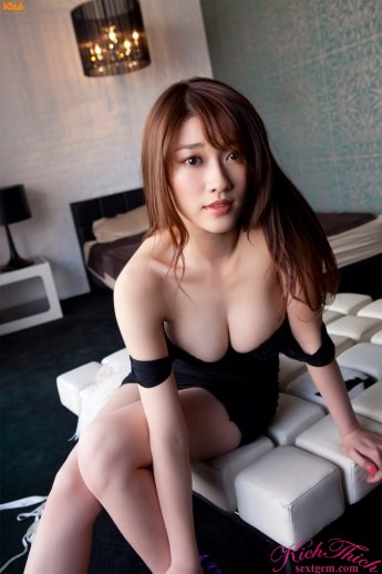 ảnh hot girl Mikie Hara